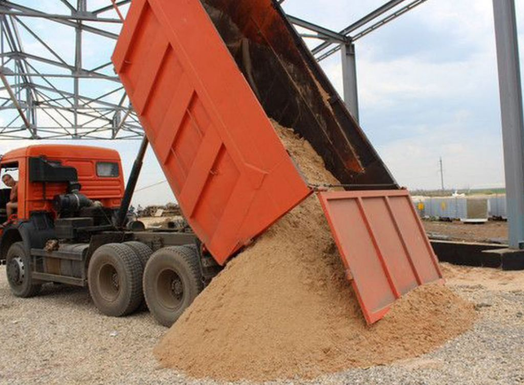 Песок карьерный мытый сеяный с доставкой