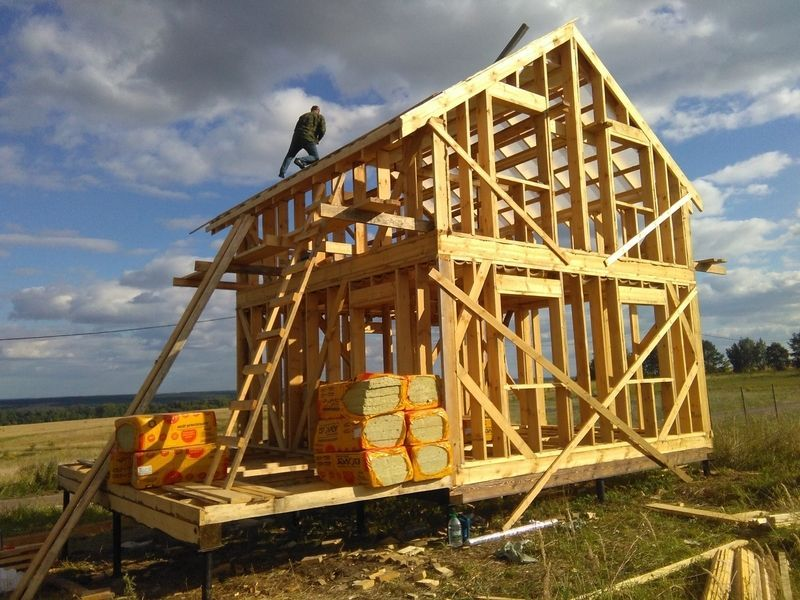 Дачное строительство и ремонт.Плотницкие работы  в  Твери