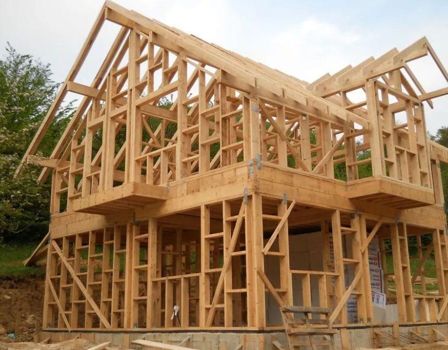Строительство каркасных домов, монтаж кровли.